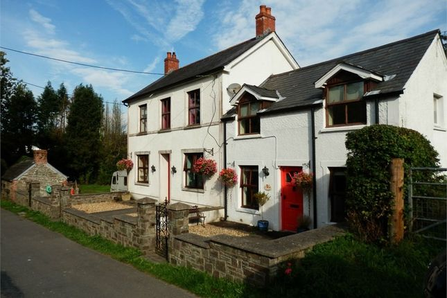 Thumbnail Detached house for sale in Glandilen, Pentre-Cwrt, Llandysul