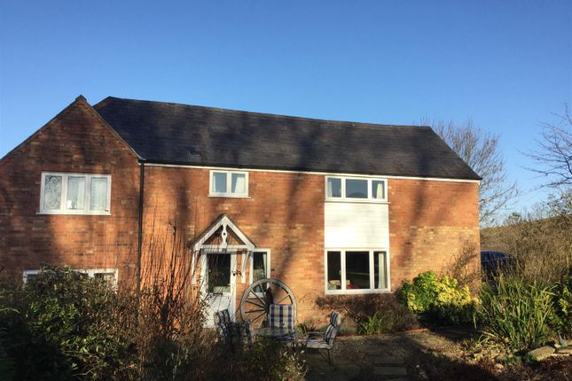 Thumbnail Cottage for sale in Windmill Hill Lane, Chesterton, Leamington Spa, Warwickshire