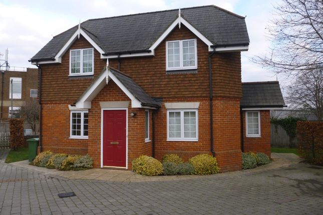 Thumbnail Flat to rent in Off Anstey Road, Alton, Hampshire