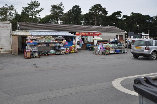 Thumbnail Retail premises for sale in Ferryside