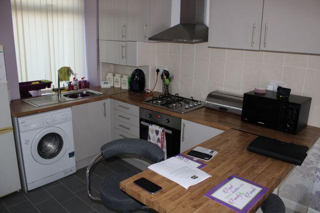 Kitchen  of Llewellyn Street, Pontygwaith CF43