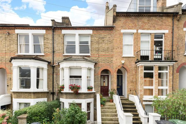 Thumbnail Maisonette for sale in Woodland Hill, London