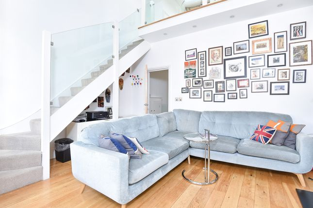 Thumbnail Maisonette for sale in Weston Road, Chiswick, London