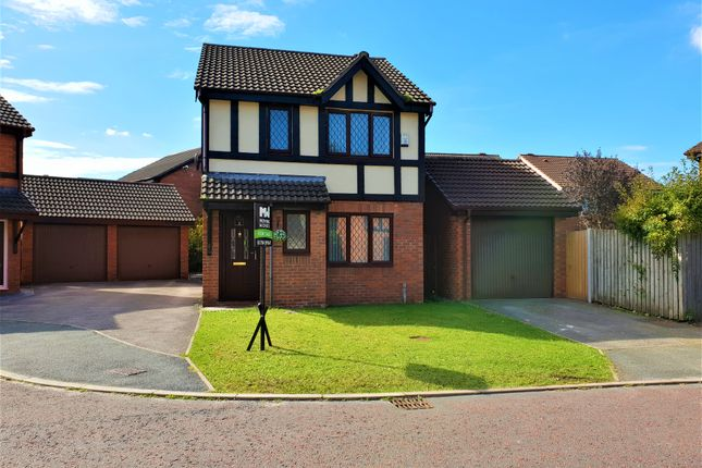 Thumbnail Detached house to rent in School House Grove, Burscough