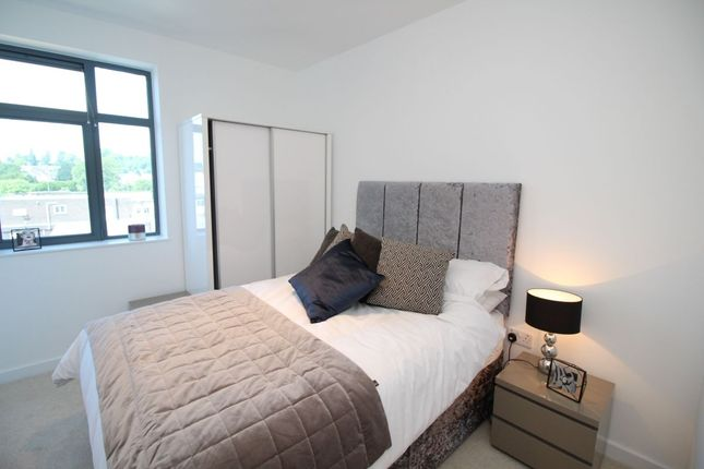 Thumbnail Flat for sale in Wolsey Road, Hemel Hempstead