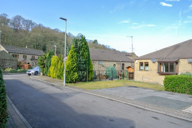 Thumbnail Terraced bungalow for sale in River Holme View, Brockholes, Holmfirth
