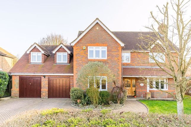 Thumbnail Detached house for sale in Bluebell Drive, Cheshunt, Waltham Cross