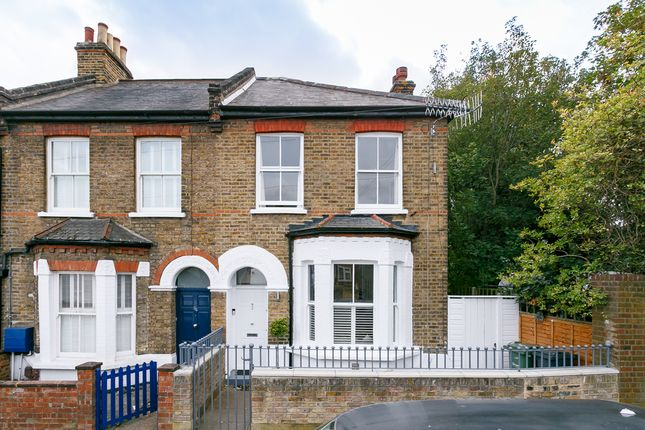 Thumbnail Property for sale in Wellfield Road, London