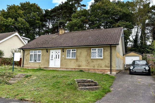 Thumbnail Detached bungalow for sale in Glen Innes, College Town, Sandhurst, Berkshire