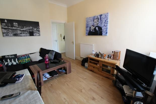 Thumbnail Flat to rent in Llanthewy Road, Newport