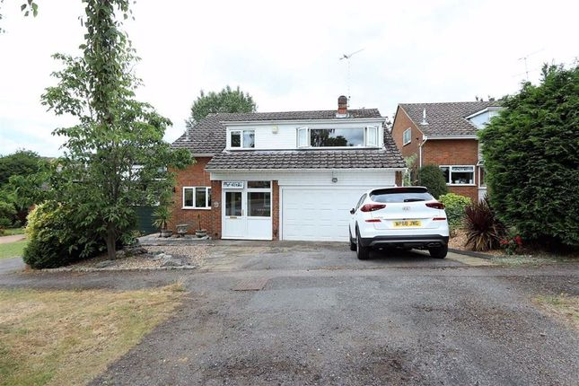 Thumbnail Detached house for sale in Riverside, Leighton Buzzard