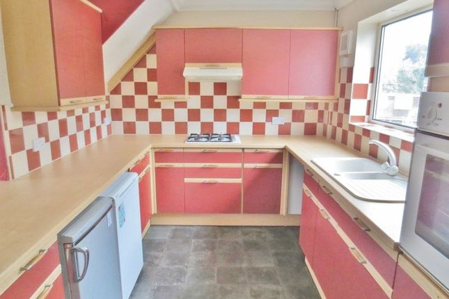 Thumbnail Flat to rent in Southall Avenue, Brighton