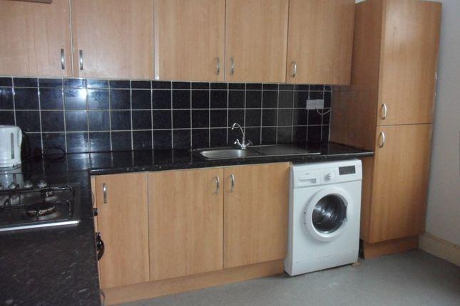 Thumbnail Flat to rent in Kingsway, Stoke