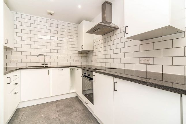 3 bed flat to rent in Whitworth Street West, Manchester M1