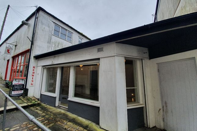 Retail premises to let in Market Jew Street, Penzance, Cornwall