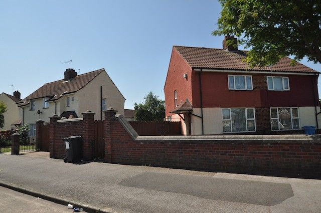 Thumbnail Semi-detached house for sale in Swanfield Road, Hull, East Riding Of Yorkshire