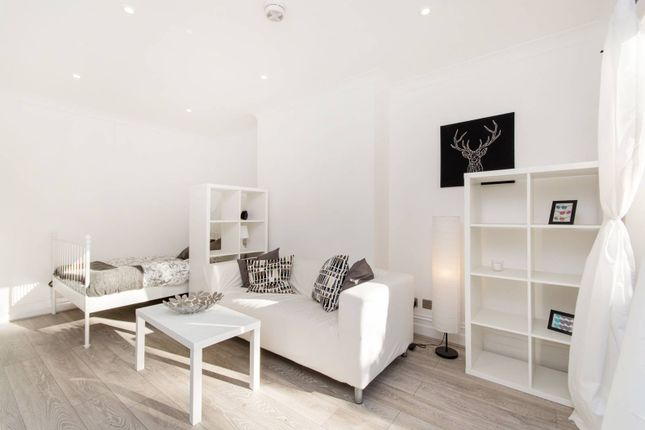 Thumbnail Studio To Rent In St Augustines Avenue, South Croydon