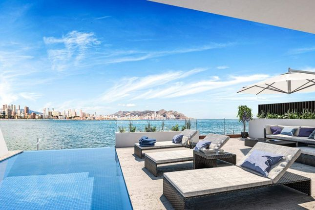 Thumbnail Property for sale in Benidorm, Alicante, Spain
