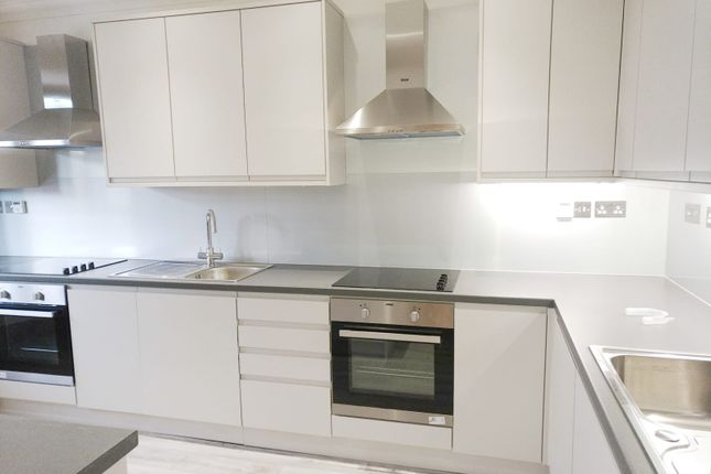 Thumbnail Maisonette to rent in Edgwarebury Lane, Edgware, London