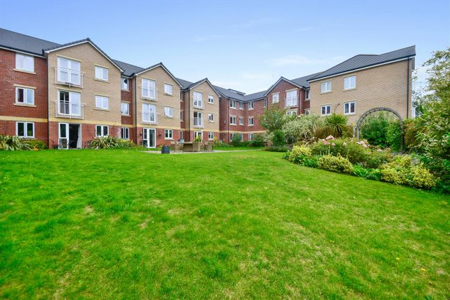 1 bed flat for sale in Booth Court, Handford Road, Ipswich IP1