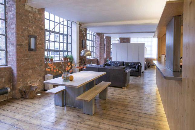 Thumbnail Flat to rent in Underwood Street, London