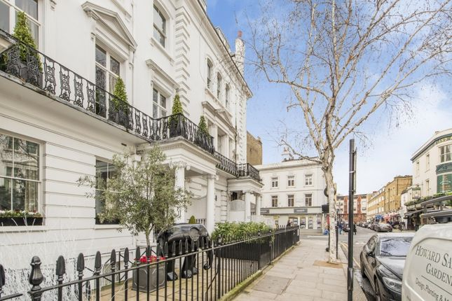 3 bed flat to rent in Sumner Place, London SW7