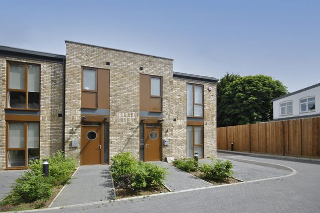 Thumbnail Semi-detached house to rent in Ashgrove Road, Bromley