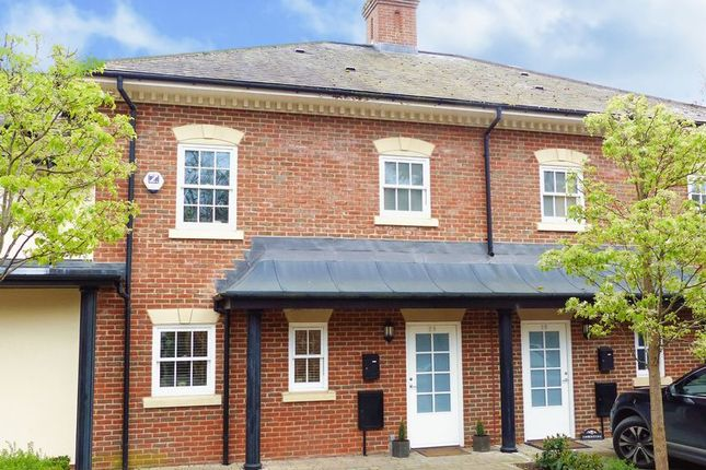 Thumbnail Terraced house for sale in Quoitings Drive, Marlow