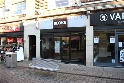 Thumbnail Retail premises for sale in 47 Market Street, Loughborough, Leicestershire