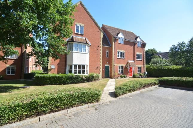 Thumbnail Flat for sale in Langdon Hills, Basildon, Essex