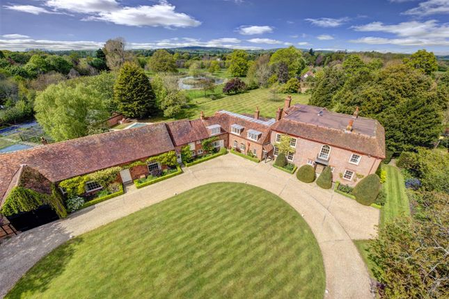 Thumbnail Detached house for sale in Paradise House, Waltham St Lawrence