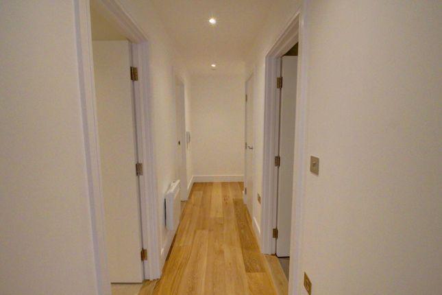 Hallway of High Street, Slough SL1