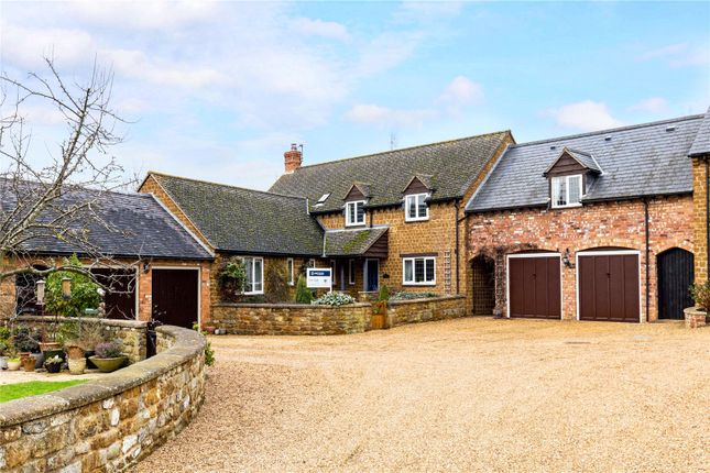 Thumbnail Property for sale in The Old Stable Yard, Langdon Lane, Radway, Warwickshire