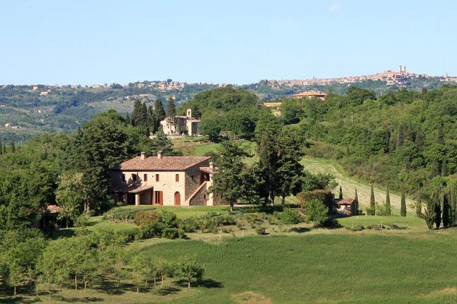 6 bed farmhouse for sale in Città Della Pieve, Città Della Pieve, Perugia, Umbria, Italy