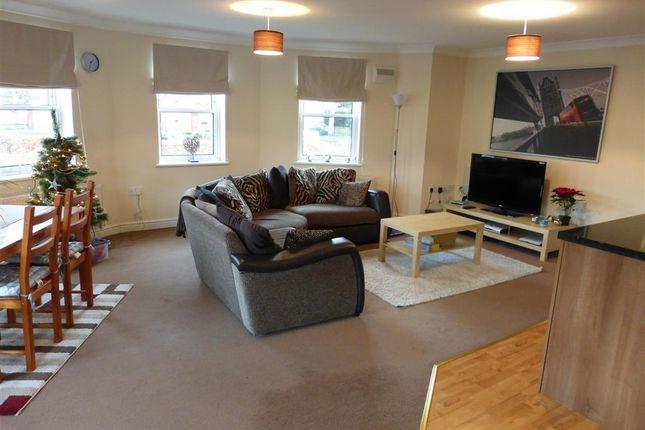 Thumbnail Flat to rent in Birmingham Road, Hurcott, Kidderminster