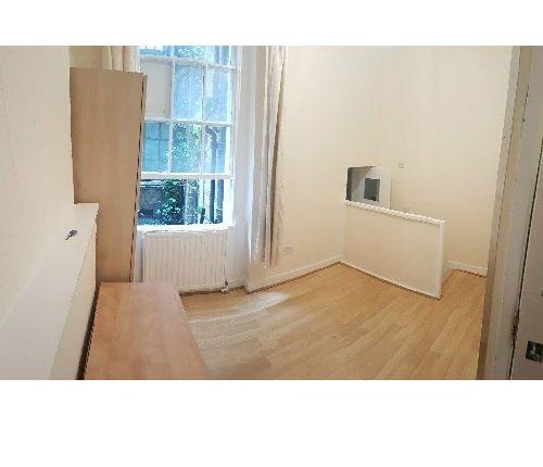 Room to rent in Maple Street, Fitzrovia/Tottenham Court Road