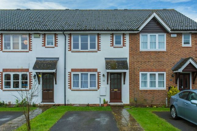 Thumbnail Terraced house to rent in White Hart Close, Chalfont St. Giles