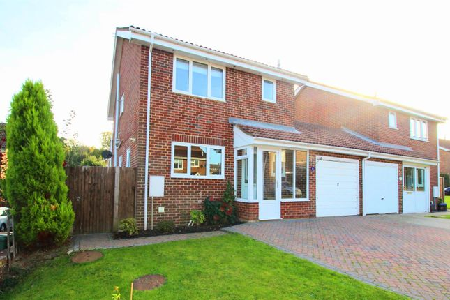 Thumbnail Link-detached house for sale in Falconers Drive, Battle