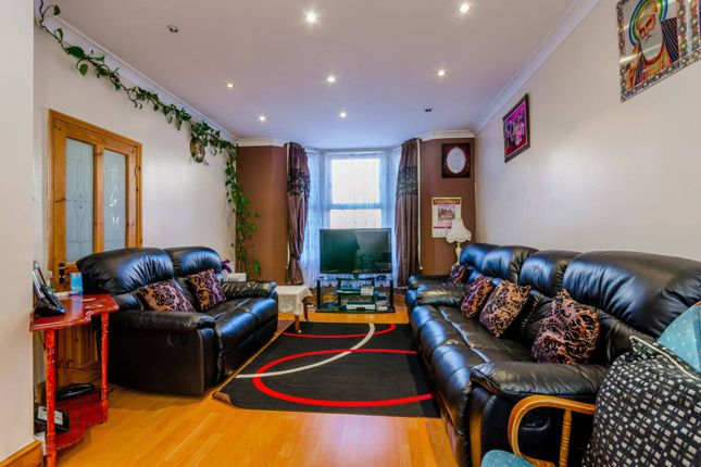 3 bed terraced house for sale in Deanery Road, Stratford