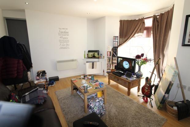 Thumbnail Flat to rent in Broadway, Treforest, Rhondda Cynon Taff