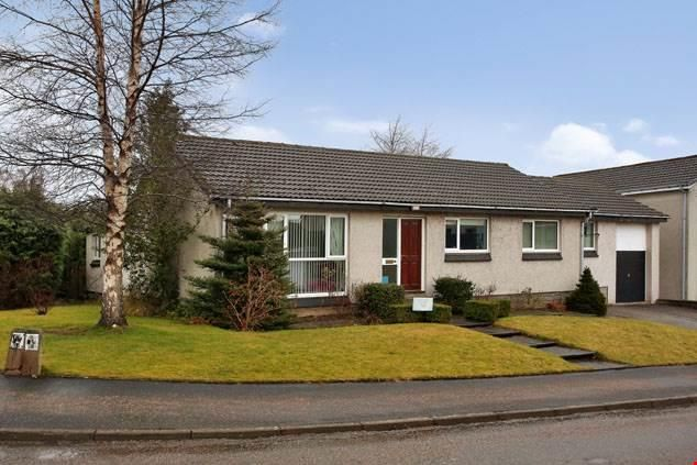 Thumbnail Bungalow to rent in Grant Road, Banchory