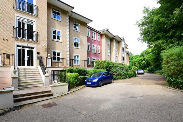 Thumbnail Flat for sale in Regents Drive, Woodford Green, Essex