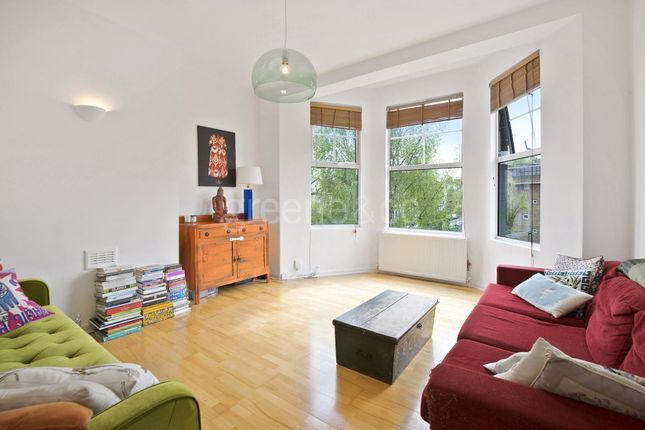 Thumbnail Flat for sale in Hornsey Rise, Crouch End, London
