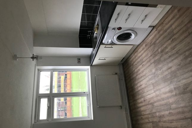 Thumbnail Flat to rent in Bramley Meade, Northumberland Street, Lancashire