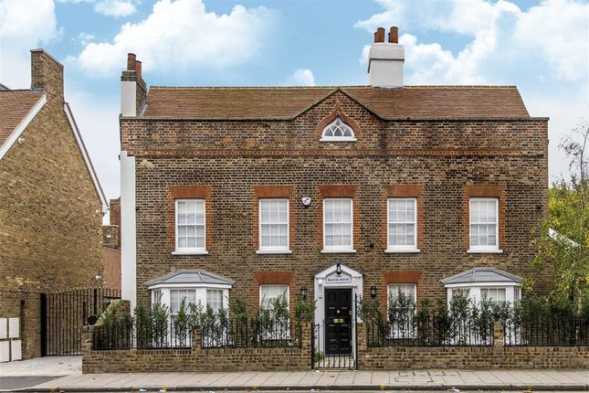 Thumbnail Detached house to rent in Kingston Road, London