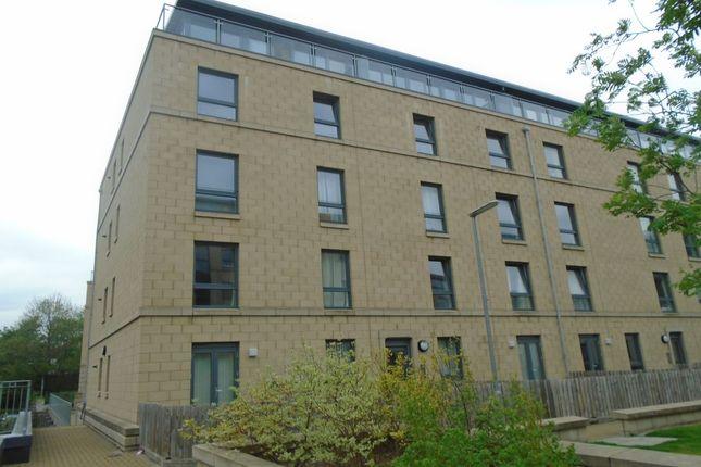 Thumbnail Flat to rent in Handyside Place, Edinburgh