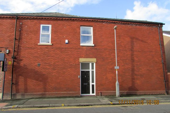 Thumbnail Flat to rent in Hyde Road, Denton