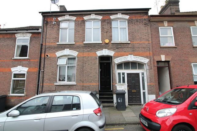 Thumbnail Property for sale in Cardigan Street, Luton