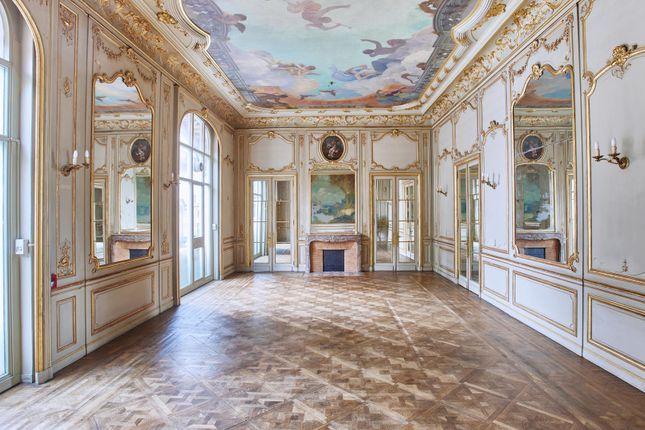 Thumbnail Property for sale in 75116 Paris 16 Passy, Paris, Île-De-France, France
