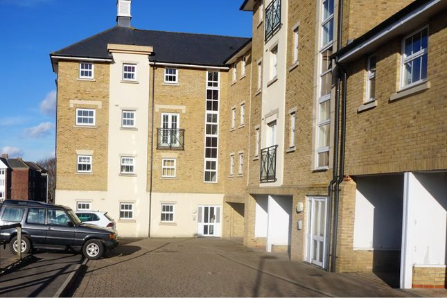 Thumbnail Flat for sale in Chelwater, Chelmsford
